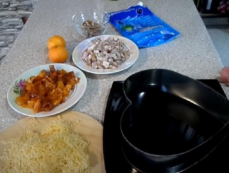 салат с хурмой: выкладываем ингредиенты слоями
